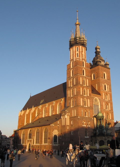 St_Mary_Church_Krakow_480.jpg